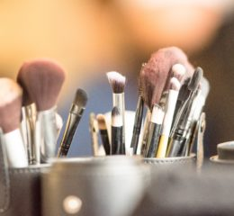10 Tips for Amazing Make Up 2019