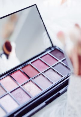 How to Have Perfect Make Up For The First Date